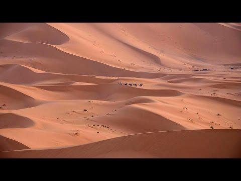 Erg Chebbi Dunes, Merzouga, Moroccan Sahara in 4K (Ultra HD)