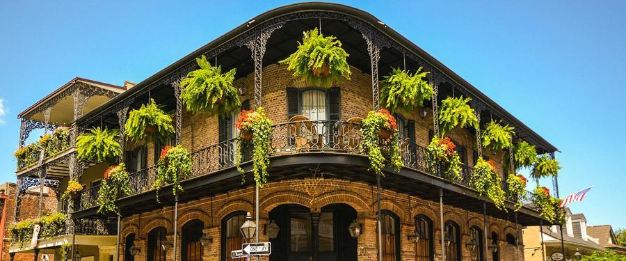 De huizen van New Orleans hebben een erg aparte architectuur. Kleurrijke huizen met heel wat smeedijzer. Prachtig!