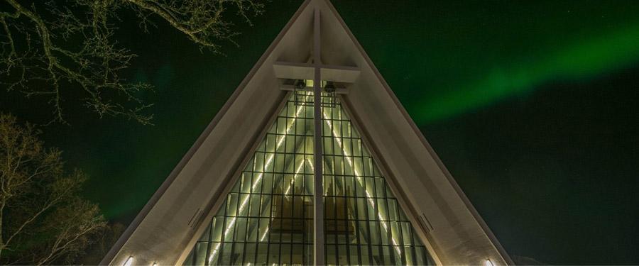 De Arctische kerk van Tromsø.