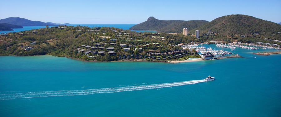 Hamilton Island. Op dit eiland zijn de duurste hotels en restaurants te vinden.