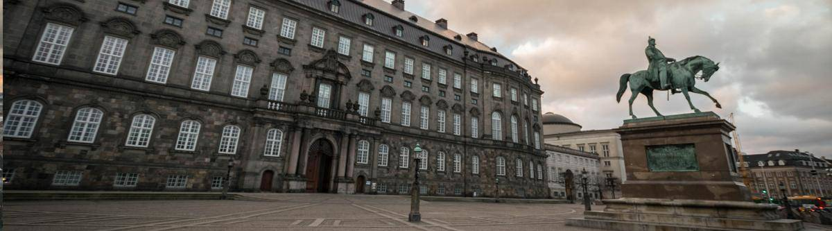 Het Christiansborg paleis. Hier zetelt o.a. het Deens parlement.