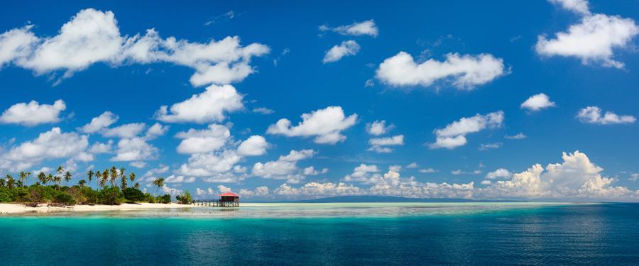 Mantabuan is het kleinste eiland van het Tun Sakaran Marine Park. Perfect voor te duiken en te relaxen!