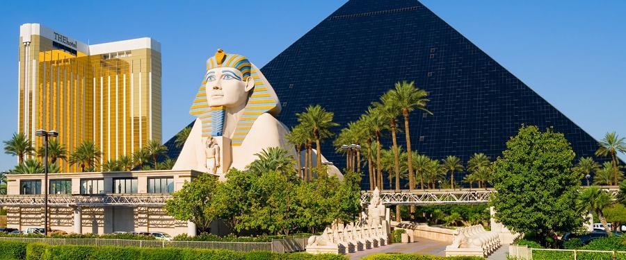 Het Pyramid Hotel en Casino in Las Vegas.