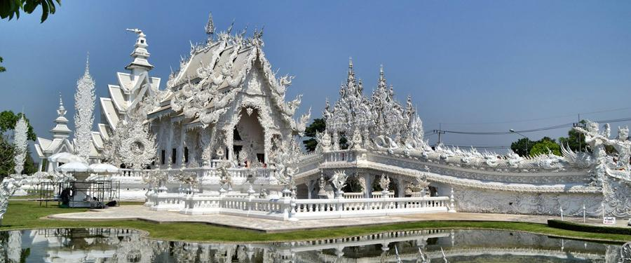 De witte tempel van Chiang Rai is een meesterwerk!