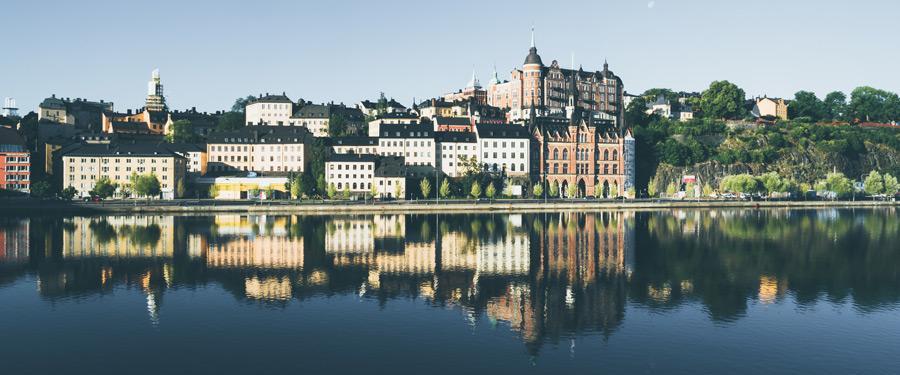 Zomers Stockholm. Alle huisjes zijn ontdooid en de hele stad leeft op!