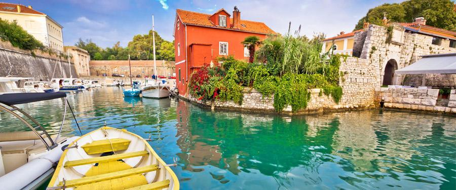 De Fosa baai in Zadar.
