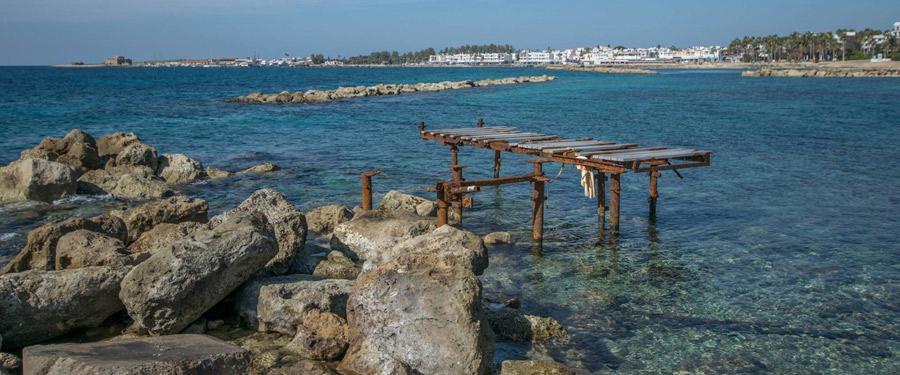 Vooral tijdens de zomer wordt Paphos erg populair. Met prachtige stranden is dat natuurlijk niet vreemd!