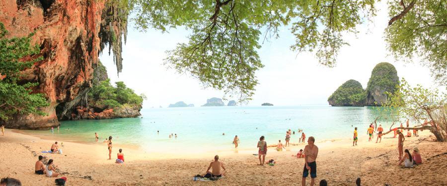 Ao nang beach maakt deel uit van het paradijselijke Railay beach.
