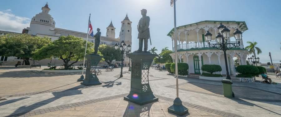 Het centrale plein van Puerto Plata.