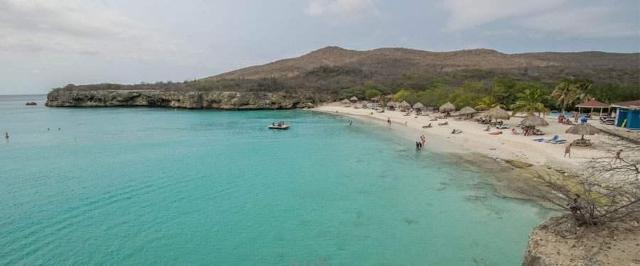 De Grote Knip, een van de mooiste stranden in Curacao.