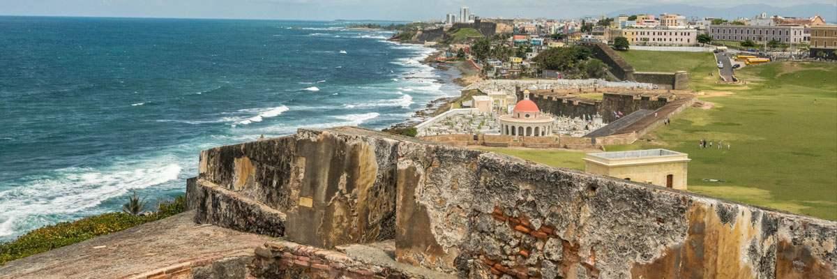 Het prachtige uitzicht van Castillo San Felipe del Morro in San Juan.