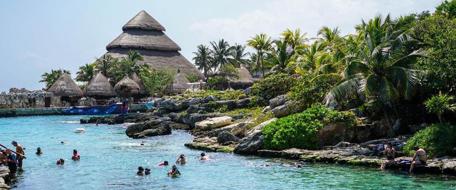 Het Xcaret park ligt vlakbij Cancun. Dit gigantische waterpretpark is geweldig voor volwassenen en kinderen.