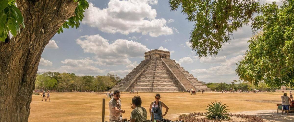 Chichèn Itzá, wordt gezien als een van de nieuwe wereldwonderen.