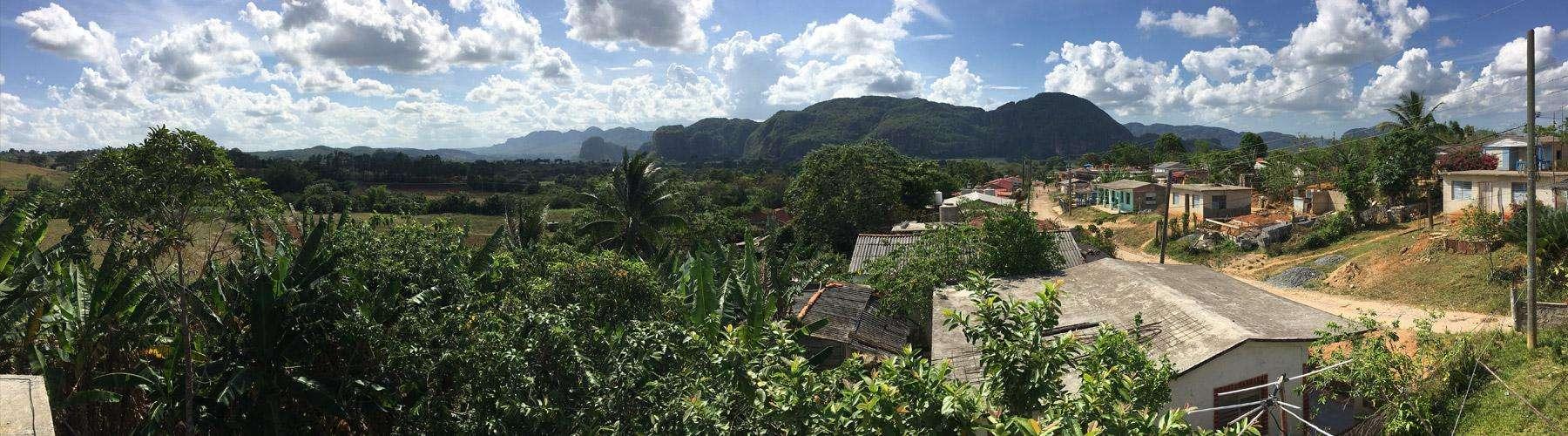 Het uitzicht van onze casa particular in Viñales.