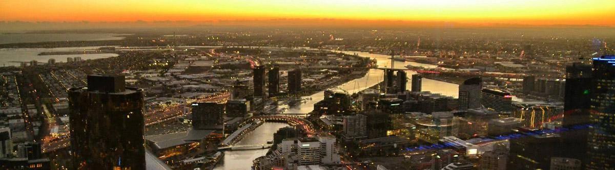 Niet te missen! De zonsondergang vanuit het Eureka Skydeck 88 in Melbourne.
