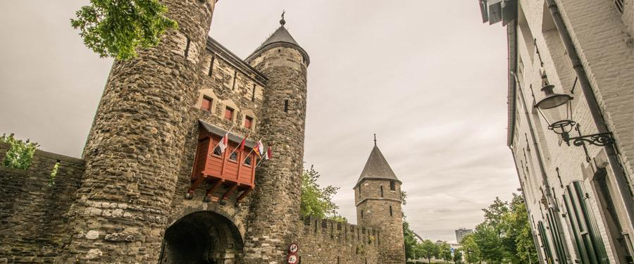 De 'Helpoort' van Maastricht. Zou die naam opzettelijk zijn gekozen?