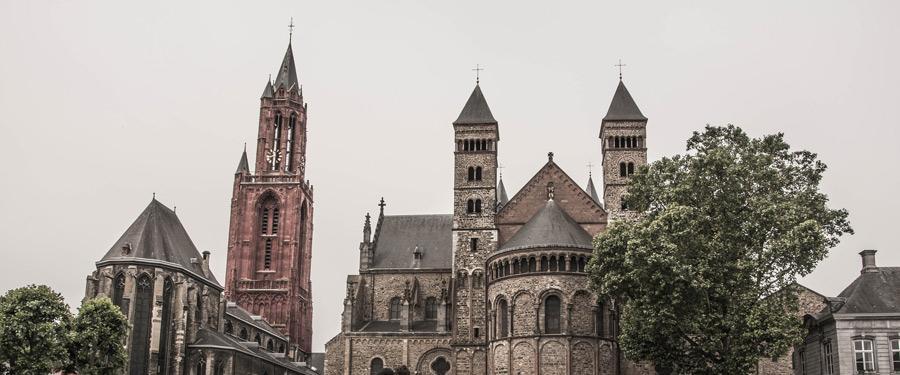 De oude stad heeft heel wat charme! Prachtige gebouwen teleporteren je terug naar de middeleeuwen.
