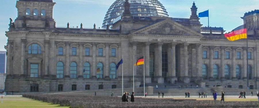 De Reichstag van Berlijn. Zeker de moeite om de koepel te beklimmen!