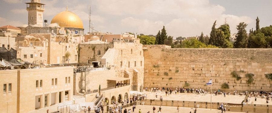 De klaagmuur van Jeruzalem. Indrukwekkend om te bezoeken tijdens de Shabbat!