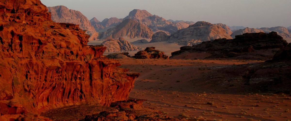 Het prachtige Wadi Rum met zijn buitenaardse landschappen.