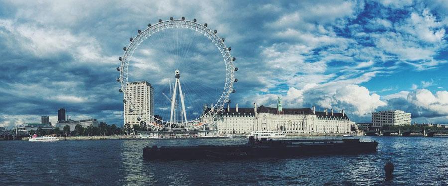 Krijg een prachtig uitzicht (135m) van op het London Eye!