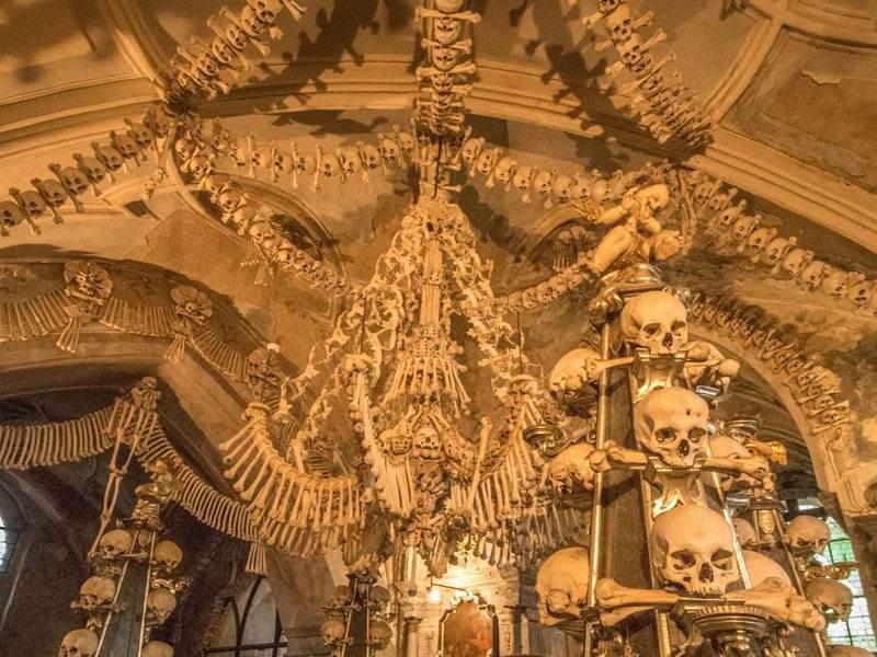 Het ossuarium van Sedlec, Kutna Hora, Tsjechië