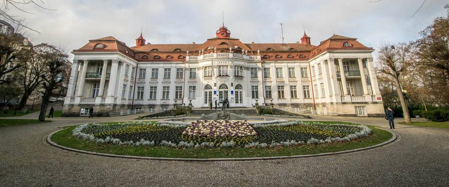 De Alzbetiny Lazne spa in Karlsbad.