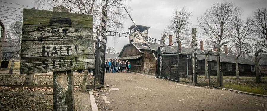 Het Auschwitz-Birkenau museum in Polen toont zijn bezoekers dat mensen tot vreselijke dingen in staat zijn.