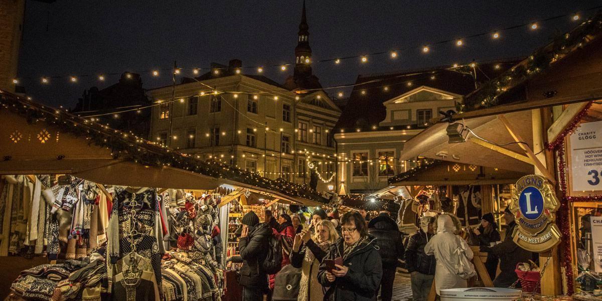 De kerstmarkt van Tallinn! Heerlijk bij deze winterese temperaturen.