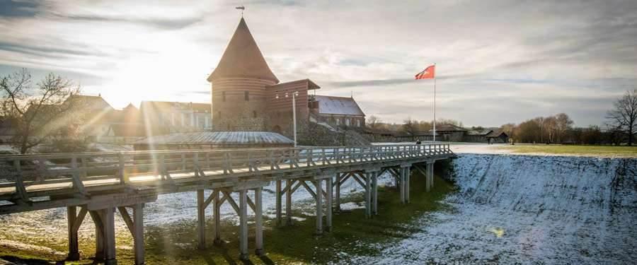 Van het kasteel van Kaunas blijft niet veel meer over, maar de 'Kauno Pilis' zie je nog wel staan.