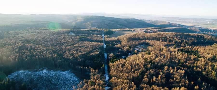 Het Lővér Kalandpark is één van de grootste natuurreservaten van Hongarije en ligt vlakbij de Oostenrijkse grens.