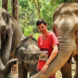 Sam bij olifanten, Chiang Mai