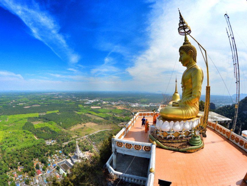 uitzicht tiger temple rondreis Thailand