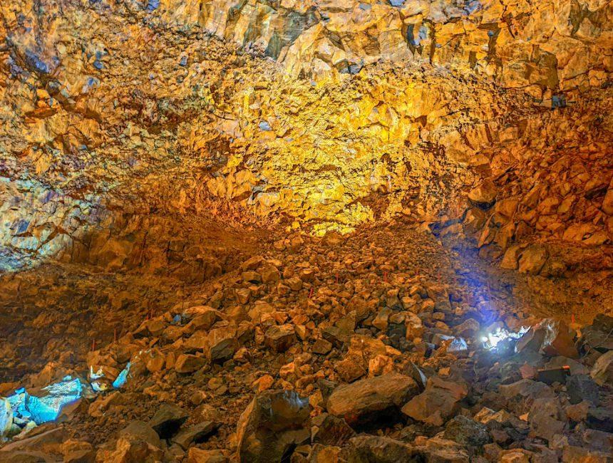 lavatunnel IJsland hoogtepunten