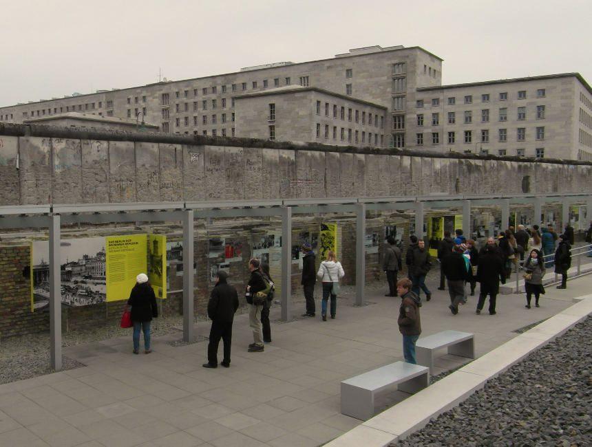 Niederkirchnerstraße restanten van de Berlijnse muur