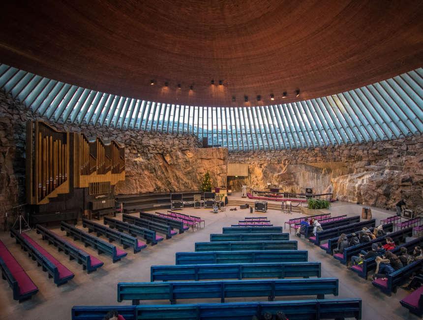 Temppeliaukio kerk bezienswaardigheden Helsinki