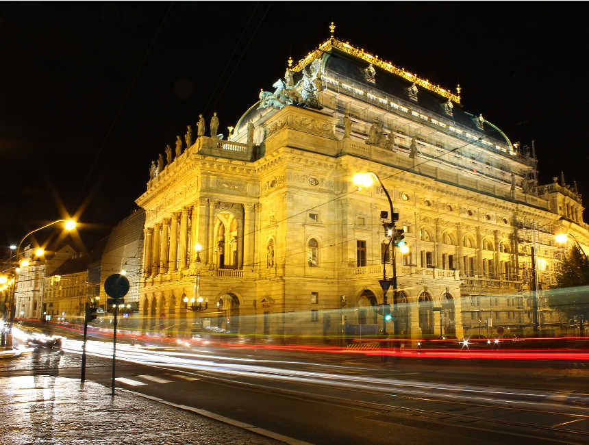 activiteiten Praag - nationale theater