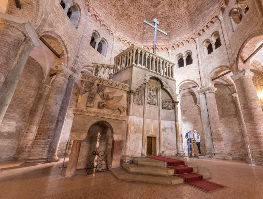 complresso di santo stefano of de zeven kerken van Bologna