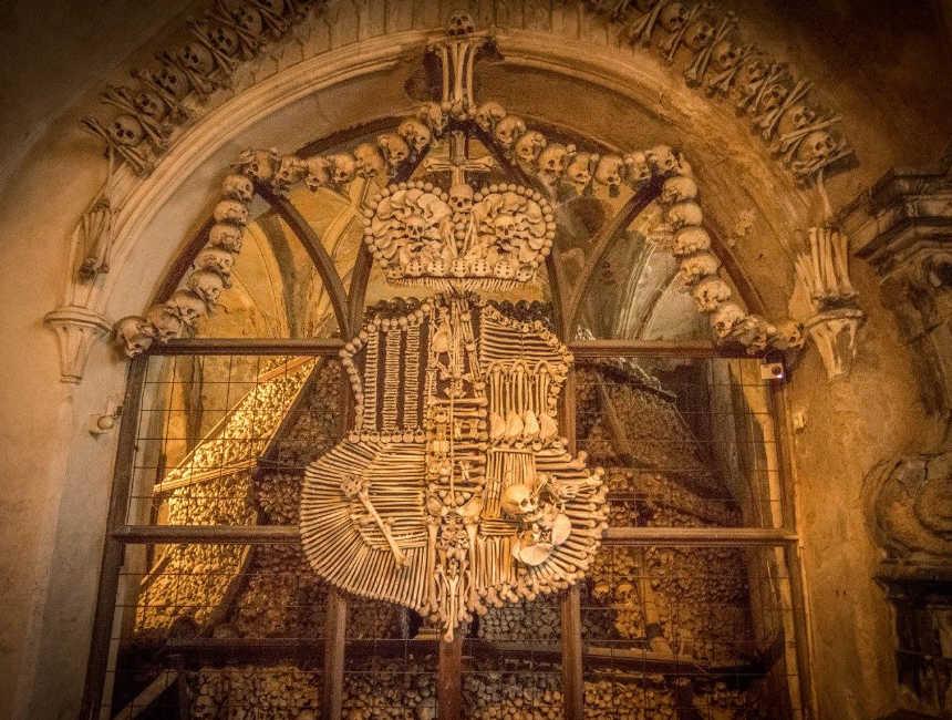 kutna hora ossuarium van sedlec bezienswaardigheden praag