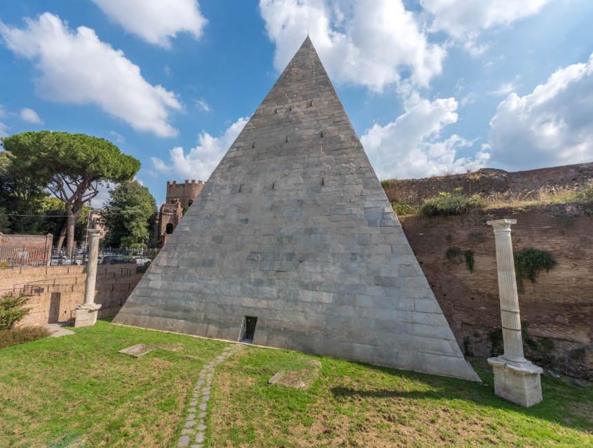 piramide cimitero accattolico rome bezienswaardigheden