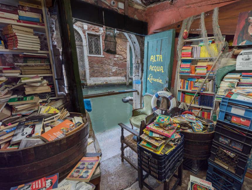 libreria Acqua Alta venetie dingen om te doen