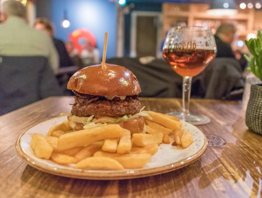 Charlies Burgers and steakes valkenburg