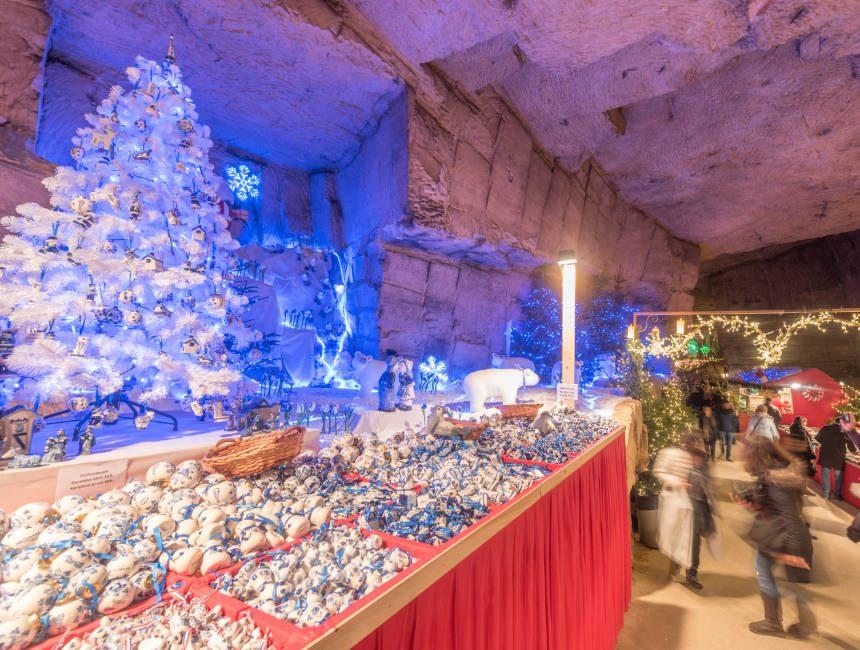 kerstmarkt valkenburg gemeentegrot
