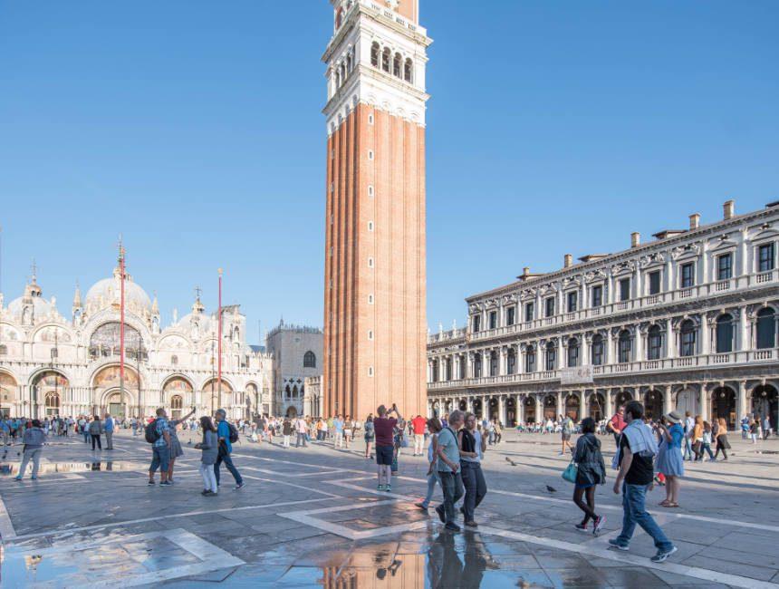 san marco plein basiliek en klokkentoren