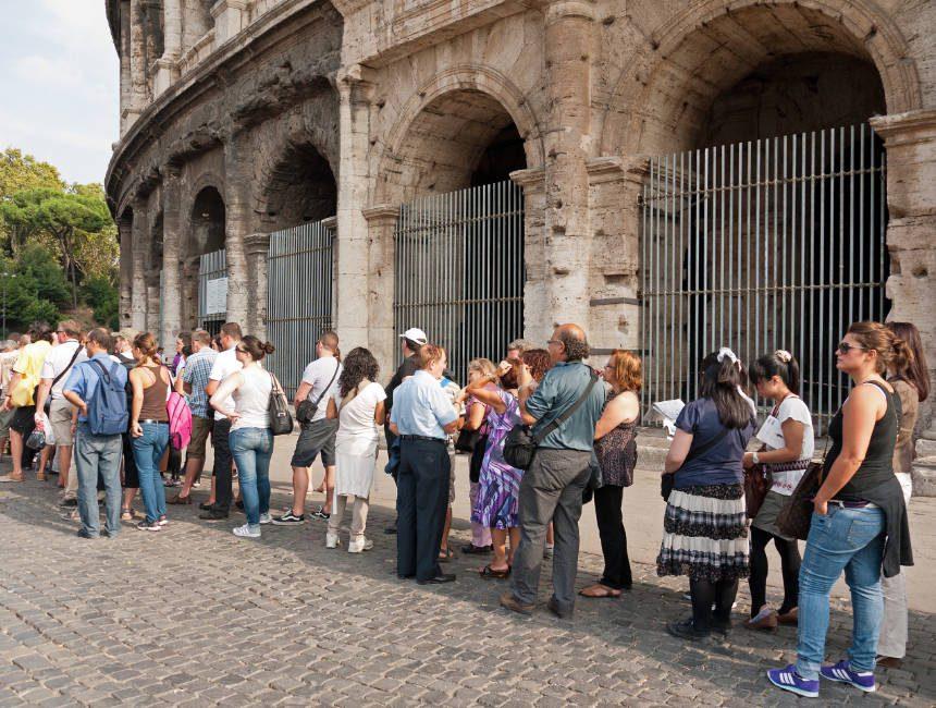 wachtrijen colosseum tickets bezienswaardigheden rome