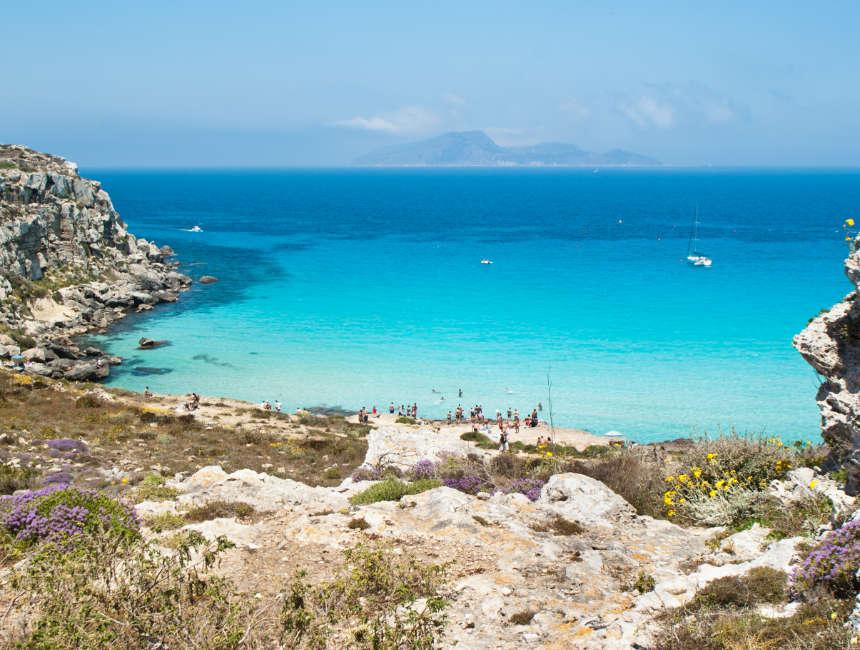 cala rossa favignana mooiste stranden sicilie