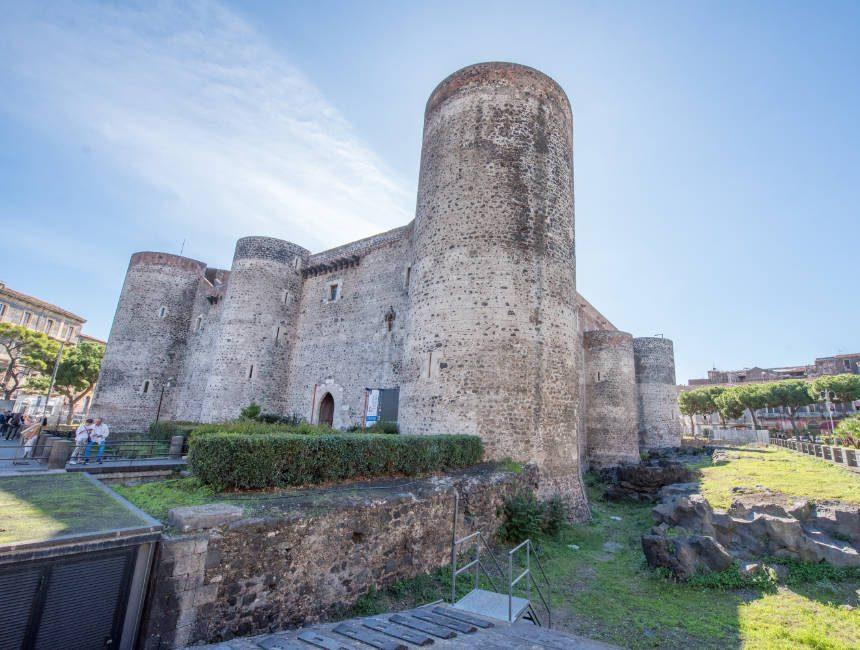 castello ursino catania sicilie
