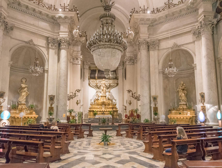 Chiesa della Badia di Sant'Agata interieur catania dingen om te doen