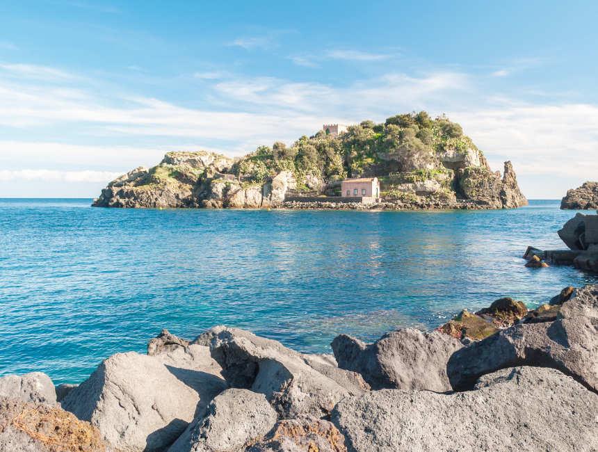 riviera dei ciclopi catania strand sicilie