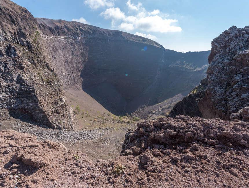 vesuvius krater